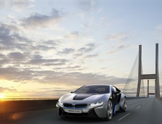BMW Unveils i8 Plug-In Hybrid Sports Car