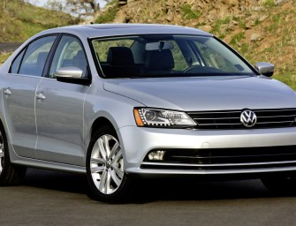 Volkswagen Jetta Facelift Ready to Arrive India in 2015