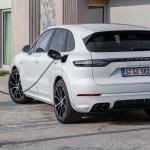 Porsche Cayenne Turbo S E Hybrid More Powerful Than A 911 Turbo S Auto News