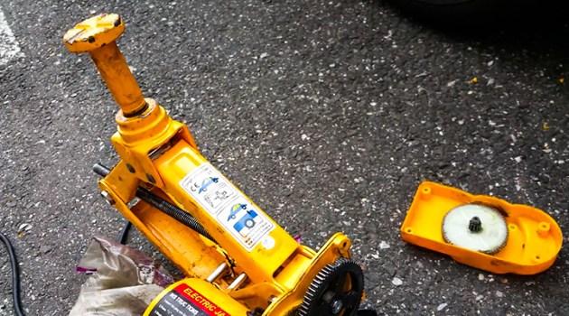 ROGTZ Electric Car Floor Jack