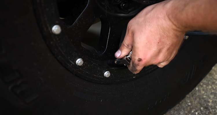 Safely Jacking Up A Truck To Change Tires