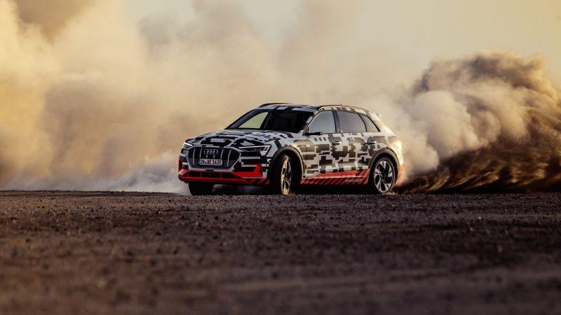 Audi e-tron Vorstellung Namibia_Staub