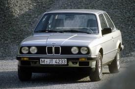 BMW E30 3-SERİSİ