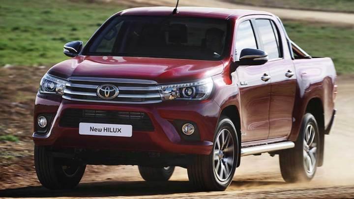 Toyota Hilux'a otomatik 4×2 versiyon