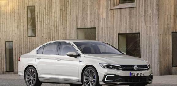 Makyajlı VW Passat Cenevre'de tanıtılacak
