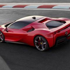 İlk hibrit Ferrari: SF90
