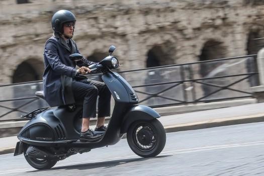 Moto-en-ville-pour-jeune