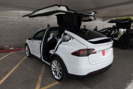 tesla model x autonomie prix performances. Black Bedroom Furniture Sets. Home Design Ideas