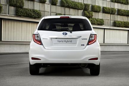 L'arrière de la Toyota Yaris Hybride