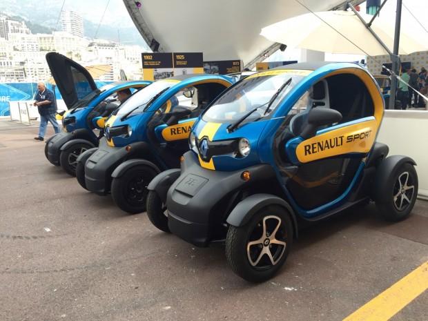 Le Twizy est bien visible sur le stand de Renault