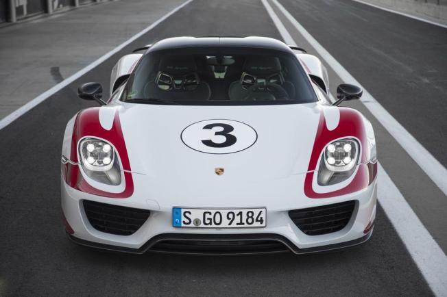 Porsche 918 Spyder Weissach Package : la supercar hybride rechargeable 100 % sport