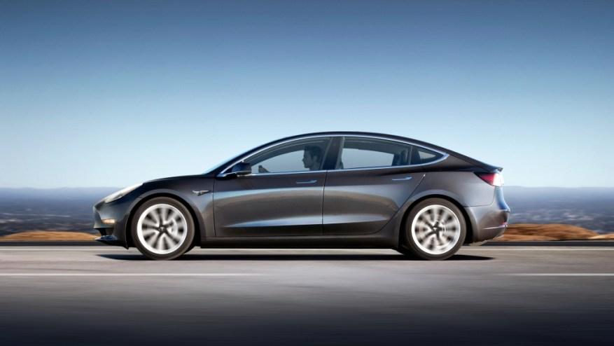 Tesla Model 3 profile