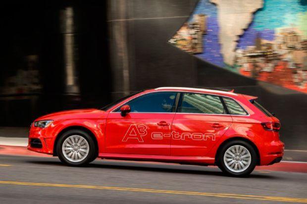 2016 Audi A3 E Tron Side In Motion 03