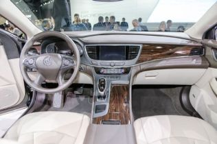 2017 Buick LaCrosse Sheds 300 Pounds, Debuts Sleeker Design in L.A.