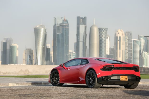 2016 Lamborghini Huracan LP580 2 Rear Three Quarter 06