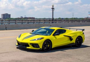 Maverick and Santa Cruz compared, 2022 Corvette tweaked, 2022 Jaguar I-Pace updated: What's New @ The Car Connection