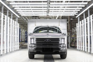 Ford F-150 Lightning electric trucks already produced, first deliveries still due for spring 2022