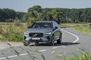 First drive review: 2022 Volvo XC60 Recharge plug-in hybrid delivers more range and power