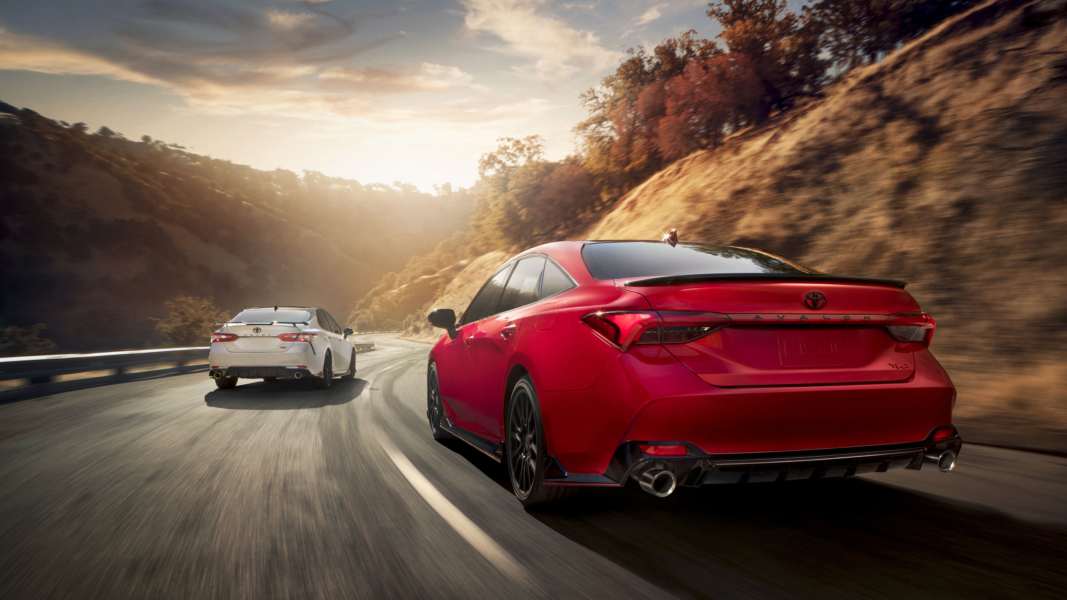 2020 toyota avalon and camry get a dash of trd hot sauce