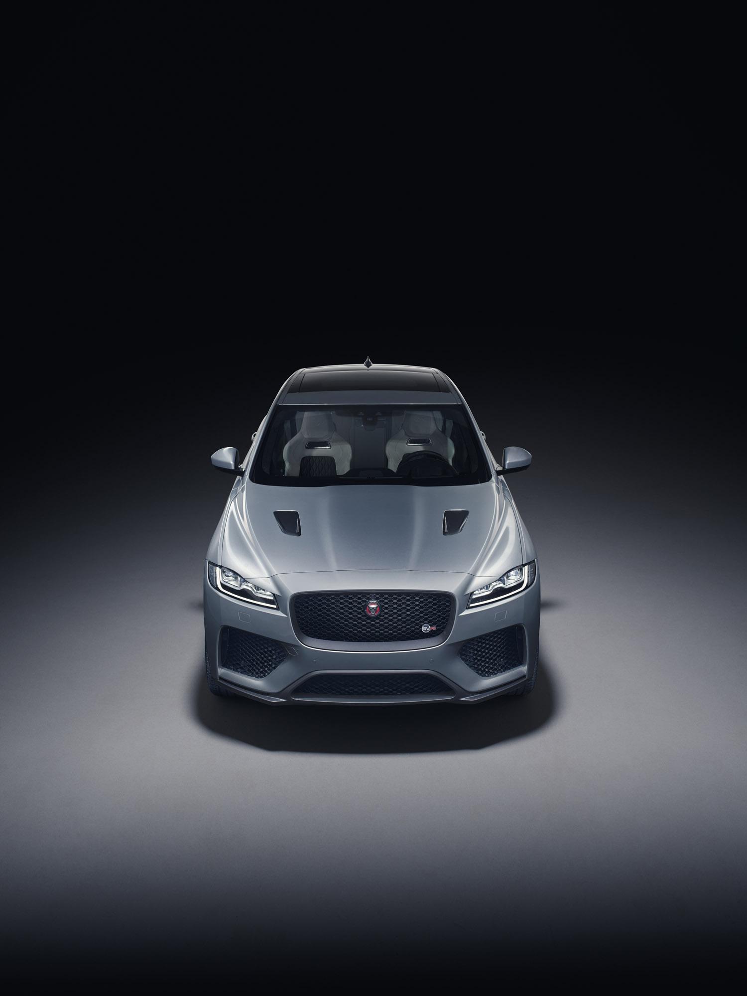 Jaguar Unveils F PACE SVR