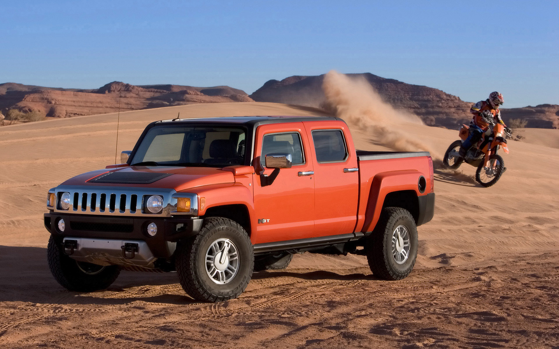 Four Wheeler names HUMMER H3T 2009 Pickup Truck of the Year