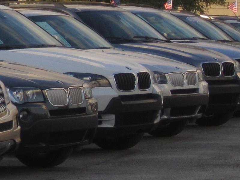 Selbstständiger Autohändler Für Gebrauchtwagen Der Traumberuf