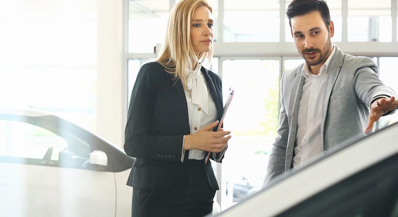 Firmenwagen: Kauf, Leasing oder Langzeitmiete?