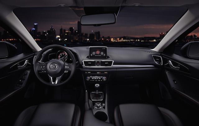 Mazda3_2013_interior_35__jpg300