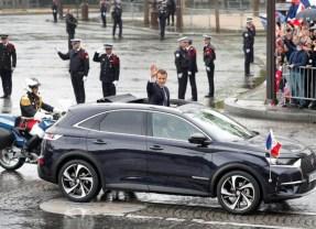 Le Président Emmanuel Macron choisit le SUV DS 7 Crossback!