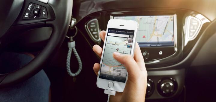 Patente sospesa a chi guida con il cellulare. Tutte le novità del nuovo Codice della Strada
