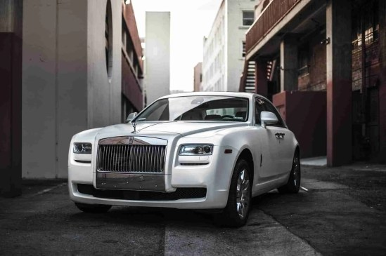 <span>7 Features That Make A Luxury Car Worth Your Money</span>
