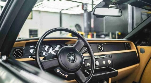 luxury car worth-rolls royce interior