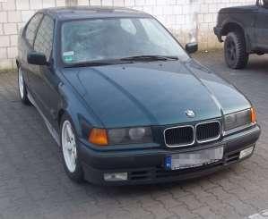 BMW e36 318is Przód