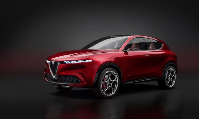 Alfa Romeo Tonale: Novità dell'anno 2021 al Car of the Year Awards UK.