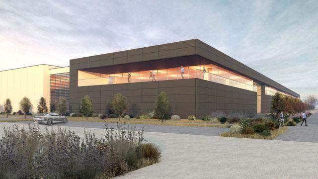 La nuova fabbrica Aston Martin aprirà nel 2022.