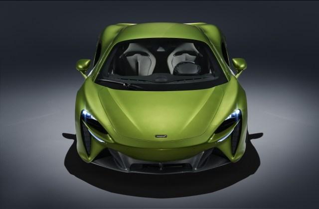 McLaren Artura anteriore