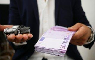 Deciding how to pay for a car