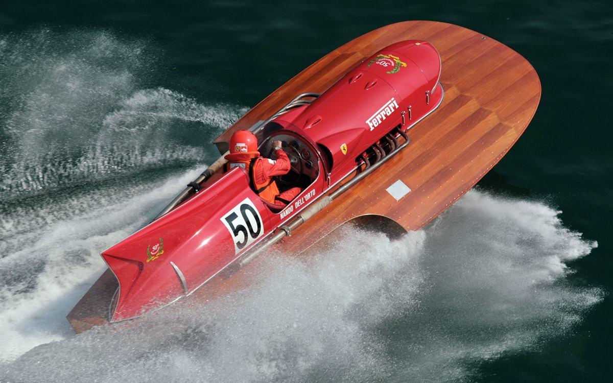 Arno XI: La Ferrari que brilló en el agua