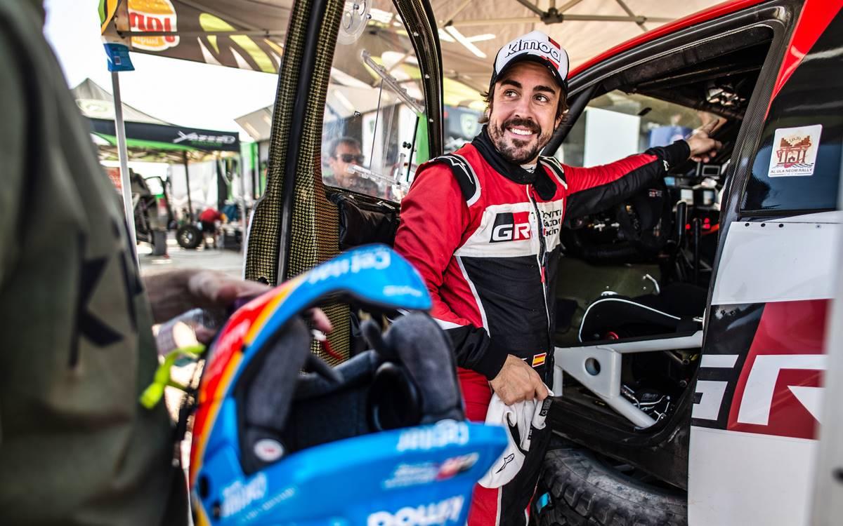 Fernando Alonso subió al podio en el Ula Neom Rally de Arabia Saudita