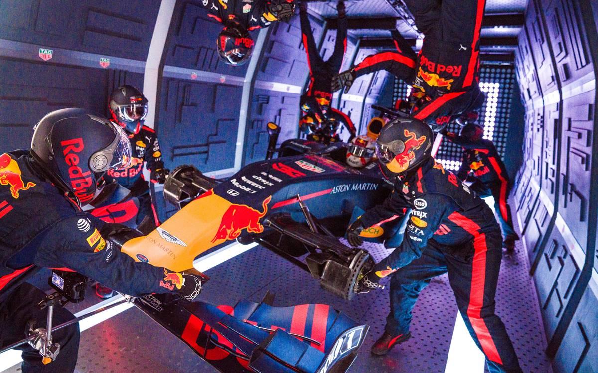 Red Bull Pit Stop gravedad cero