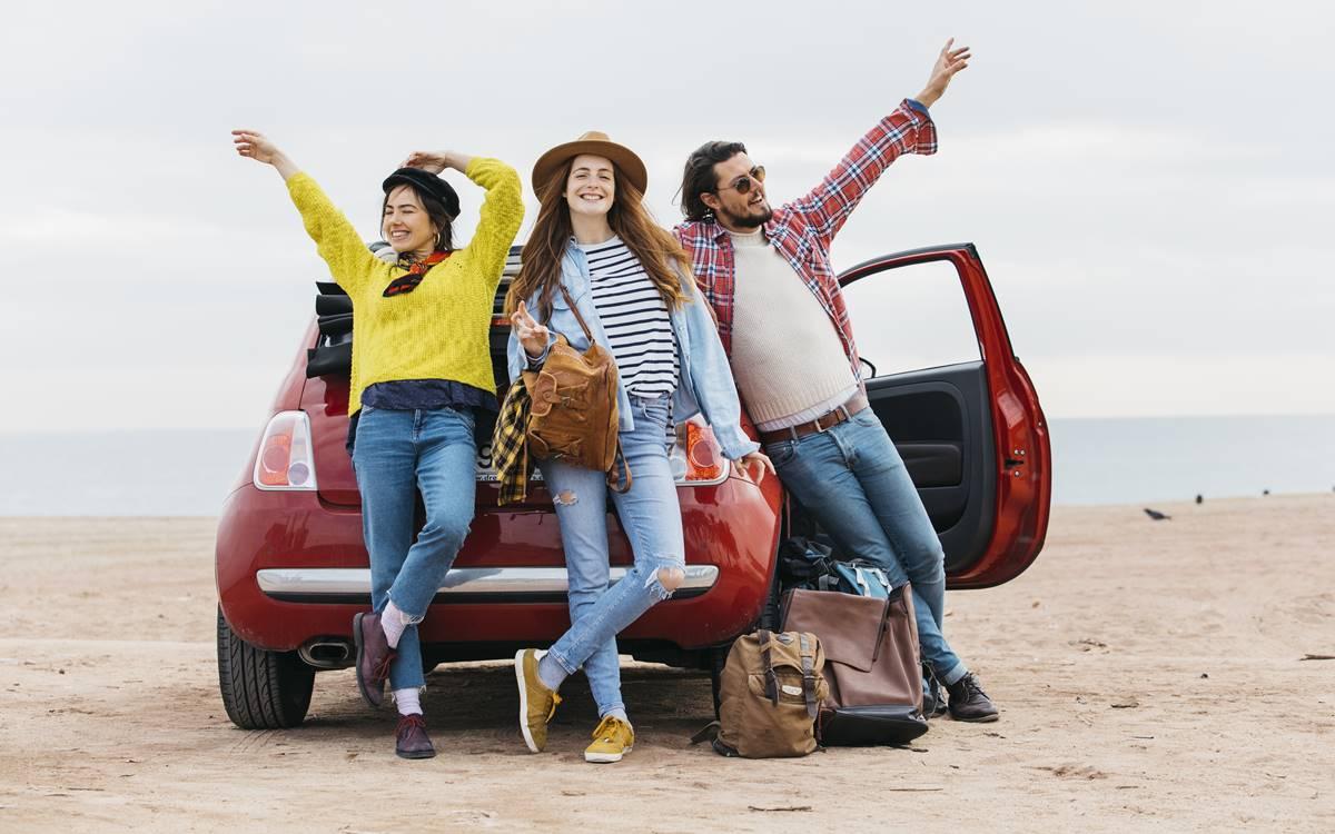 ¿Qué se debe tener en cuenta antes de emprender un viaje en auto?