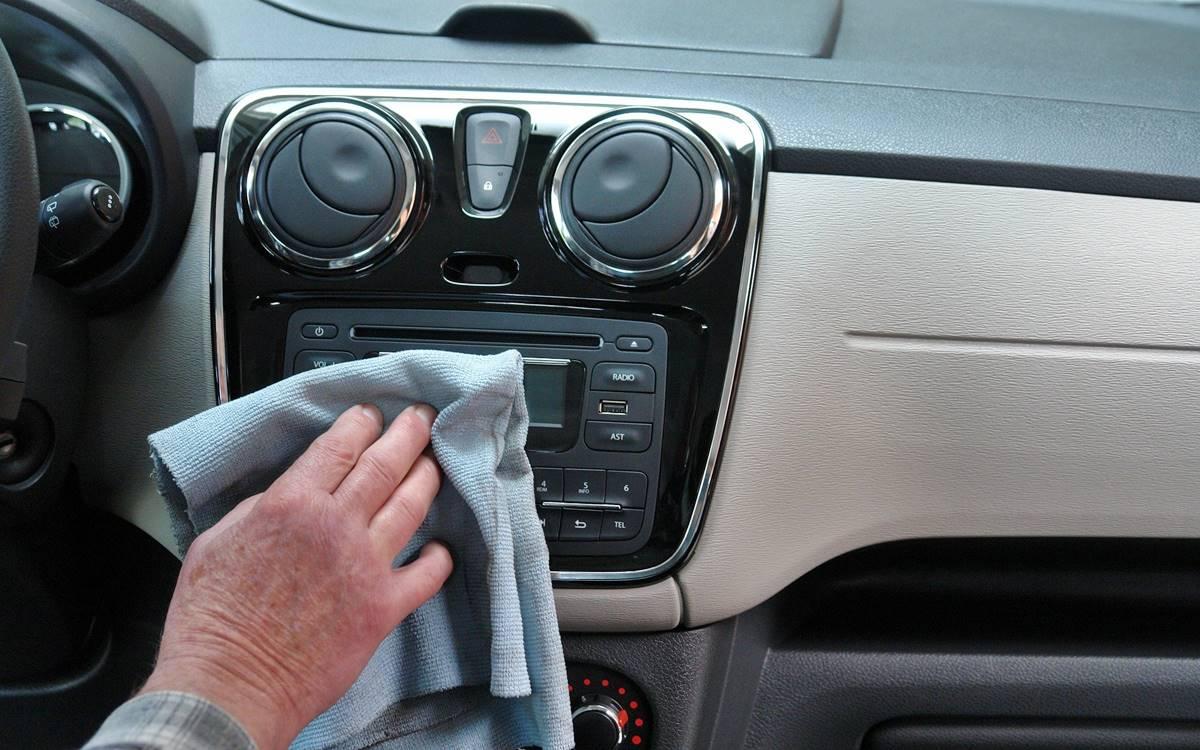 interior auto