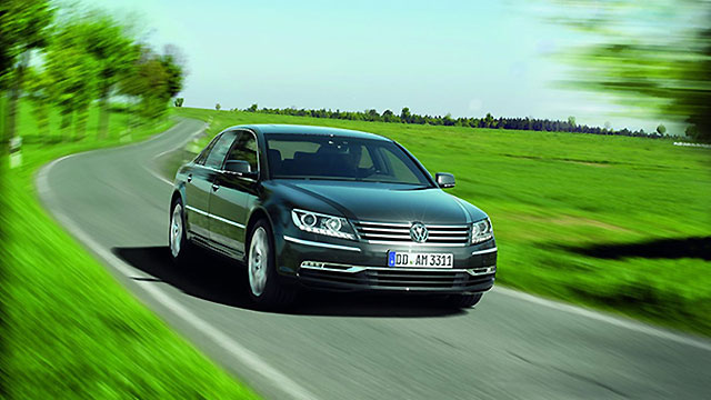 Volkswagen – uspjeh teslinog Modela S resetirao razvoj novog Phaetona