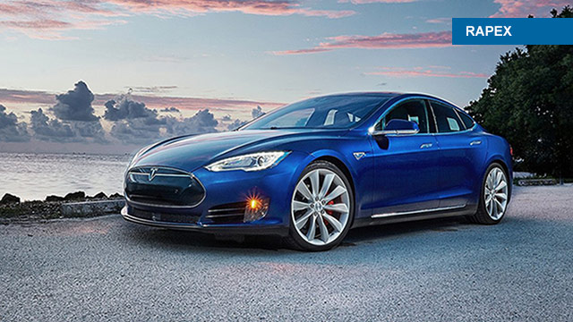 Tesla opoziva Model S zbog problema sa zračnim jastucima
