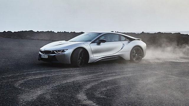 BMW-ov superautomobil snage preko 700 KS stiže 2023.
