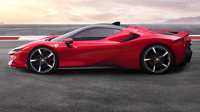 Ferrari s novim modelima planira širenje u nove segmente
