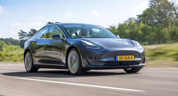 Sales 2020, The Netherlands: Electrics and hybrids shine