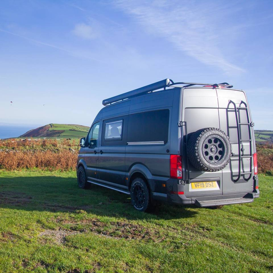 The Volkswagen Crafter MaxTraxx takes you as a family to the end of the world