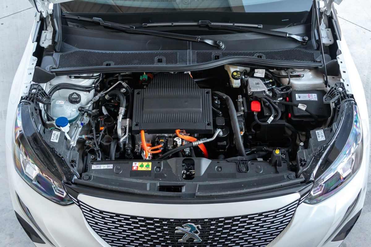 Opinión y prueba Peugeot e-2008 eléctrico 2020