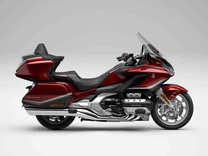 The HONDA GL1800 GOLD WING Tour is updated to face 2021